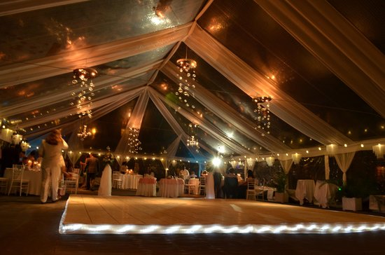 Beaches Negril Resort & Spa: Inside our wedding tent for reception