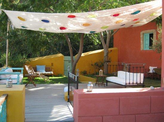 Boutique hotel la maison des couleurs prices b b reviews leros greece tripadvisor - La maison des couleurs ...