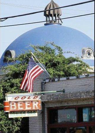 Photo of Dive Bar Arnie's Bar at 318 E 2nd St, Tulsa, OK 74120, United States