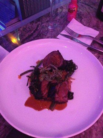 San Juan Water & Beach Club Hotel: Duo De Res- Short ribs and beef tenderloin