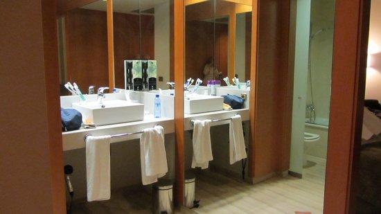 Hotel SB Ciutat de Tarragona: Baño