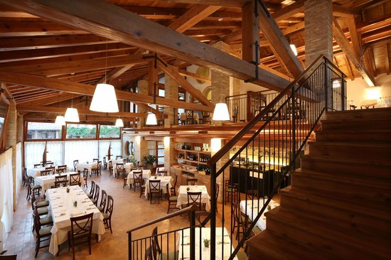 Azzano Decimo, อิตาลี: La sala del ristorante Ca' Muliner
