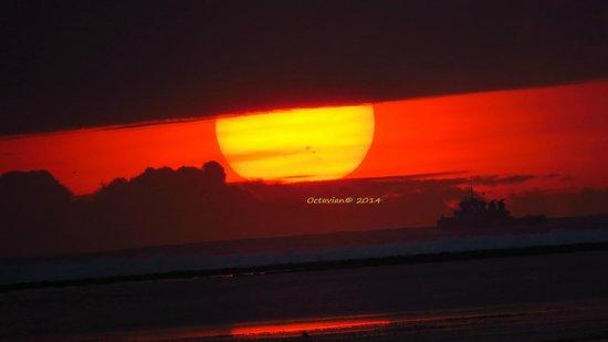 Sanur Beach: Sunrise over Sanur