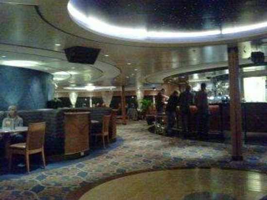 P&O Ferries - Day Trips : Sky Lounge