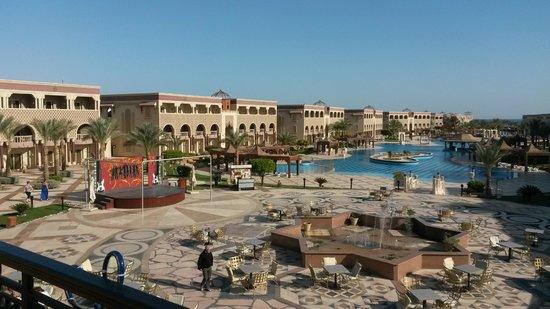 SENTIDO Mamlouk Palace Resort : The hotel