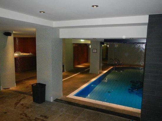 Grand Hotel Amrath Amsterdam: Piscina