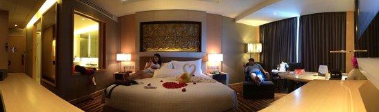 Amari Watergate Bangkok : Panorama of the suite