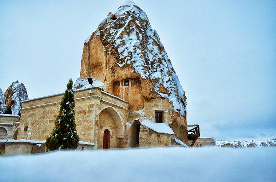 Cappadocia Cave Suites: Winter