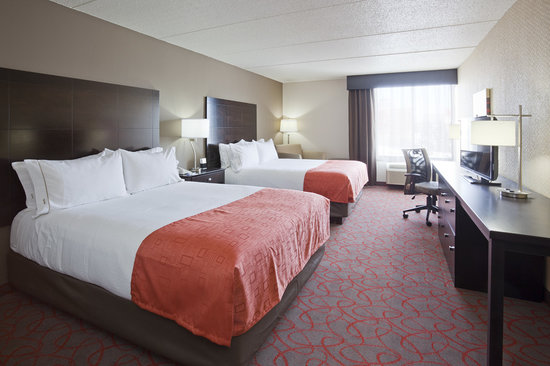 Holiday Inn Express Hotel & Suites Bloomington West: Guest Room