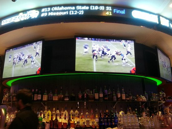 Hard Rock Hotel and Casino Tulsa : Sports Bar