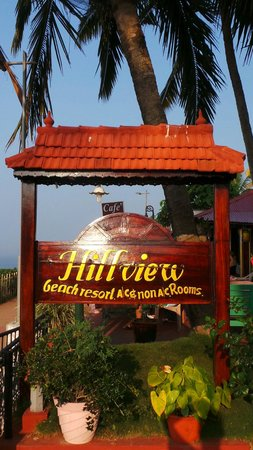 Hill View Beach Resort: Hill View sign at entrance