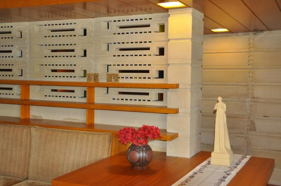 Florida Southern College: Usonian interior