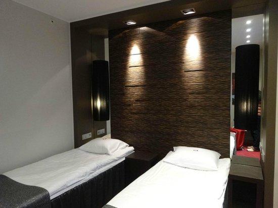 Tallink Hotel Riga: Для номера twin кровати, прямо скажем, узковаты