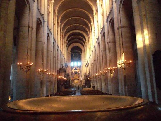 Basilique Saint-Sernin : Фрагмент интерьера