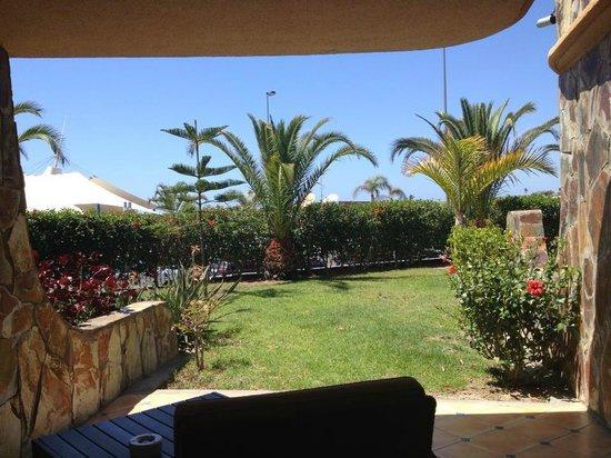H10 Playa Meloneras Palace: Utsikt från rum på markplan