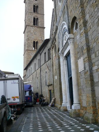 Cathedral of Volterra (Duomo): No comment