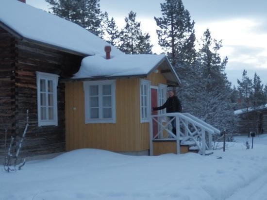 Kakslauttanen Arctic Resort : Traditional house