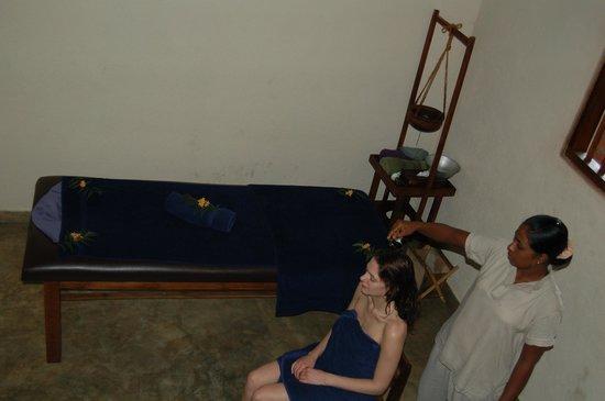 Athreya Hotel & Spa : Treatment room