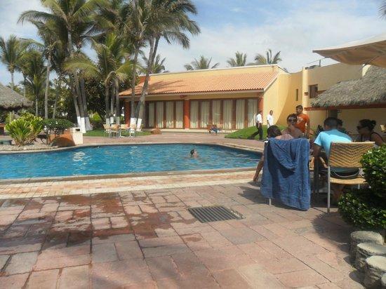Luna Palace Hotel & Suites : alberca