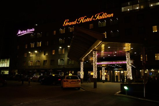 Park Inn by Radisson Meriton Conference & Spa Hotel Tallinn: Отель