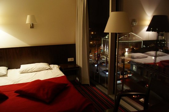 Park Inn by Radisson Meriton Conference & Spa Hotel Tallinn: вид из окна