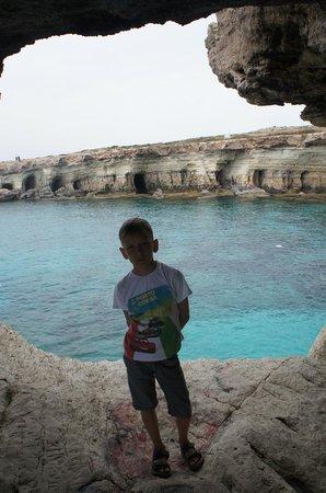 Sea Caves: внутри пещеры