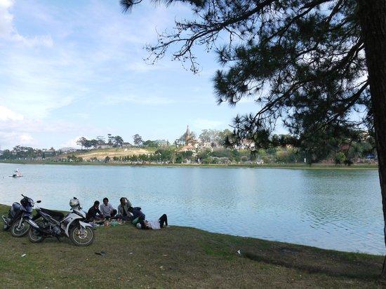 Xuan Huong Lake : викенд