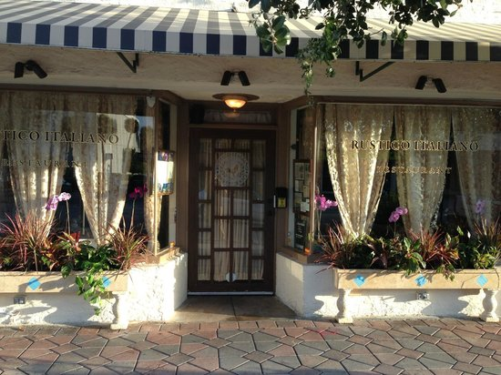 Rustico Italiano Restaurant : The charming outside of the restaurant