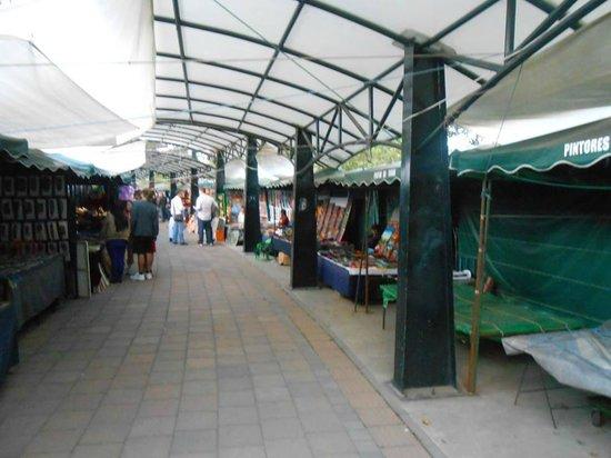 Parque El Ejido: Mercado artesanal
