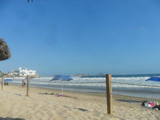 Ramada Resort Mazatlan: playa Ramada