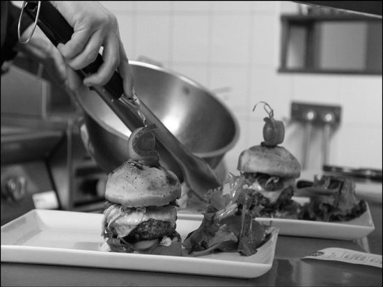 keating Steak And Wine House : keating-saumur