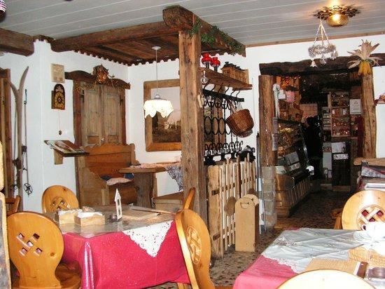 Pasticceria Marlene Tee e Cafe stube: INTERNO LOCALE