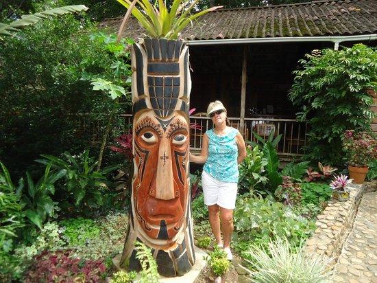 duPlooy's Jungle Lodge: Mayan Warrior @ Bar area
