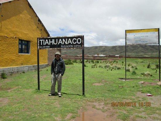 Tiahuanaco (Tiwanaku): Ingreso a las Ruinas