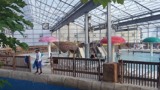Schlitterbahn Beach Resort: The young childrens indoor water park area