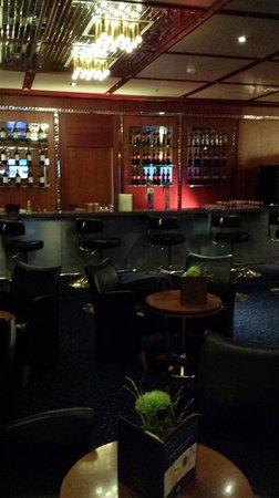 Hilton Innsbruck: Bar