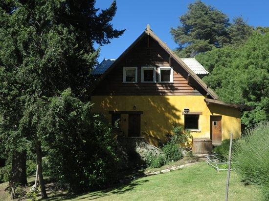 Entrance - Los Juncos Patagonian Lake House: .