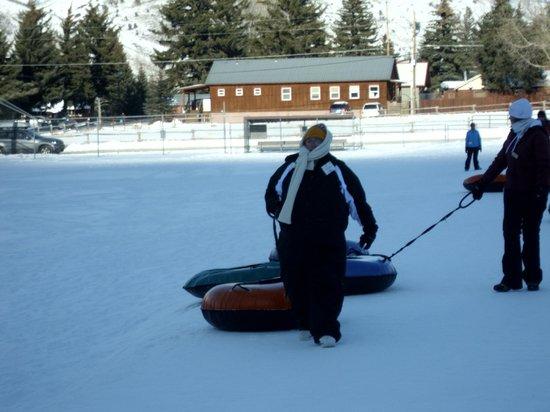 Snow King Mountain : Snow tubing fun!