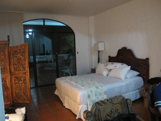 La Mariposa Hotel : our room