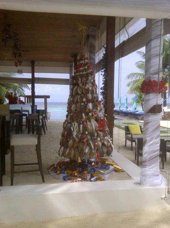 Dhevanafushi Maldives Luxury Resort Managed by AccorHotels : festive Khibar