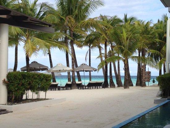 Discovery Shores Boracay: Вид на пляж