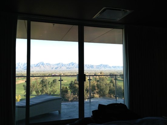 Talking Stick Resort : In the room looking out the patio door