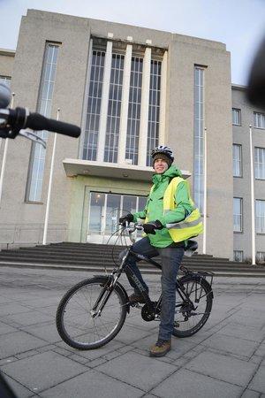 Reykjavik Bike Tours : Outside the University of Reykjavik