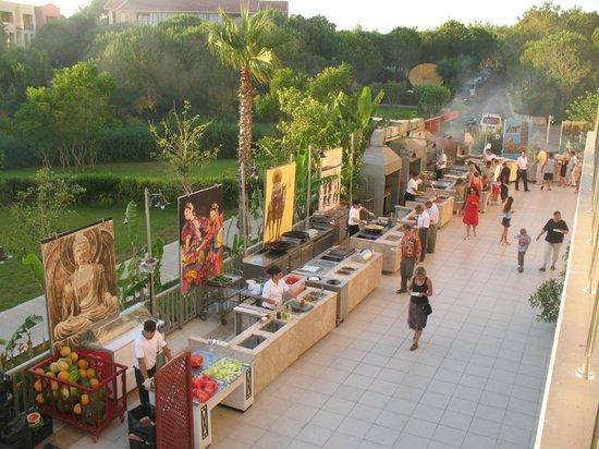 Kaya Belek Hotel: ресторан