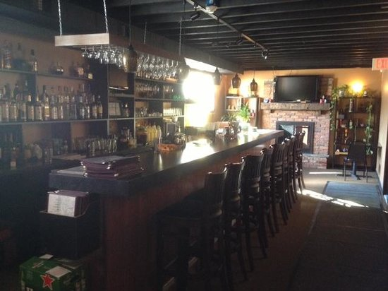 Bamboo House: Bar room