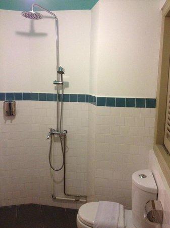 Kam Leng Hotel : Bathroom