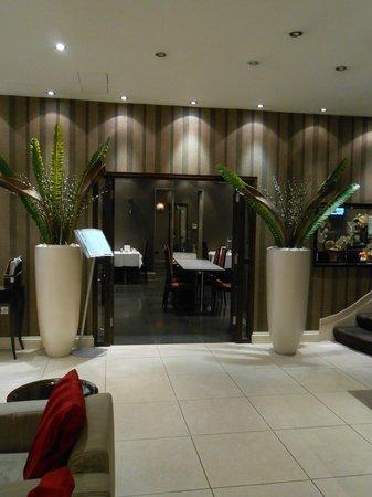 Enterprise Hotel: zona ristorazione/colazione