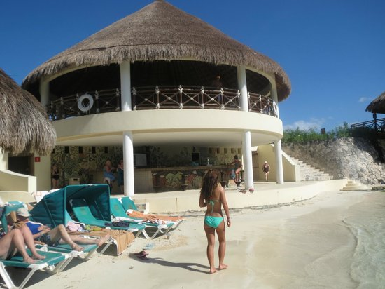 Occidental at Xcaret Destination: Beach bar
