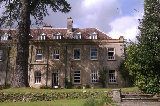 Holbrook House Hotel: Rear of the hotel 2