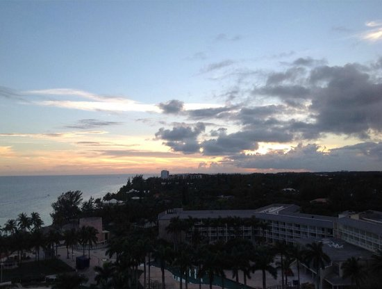 Grand Lucayan, Bahamas: Sunset